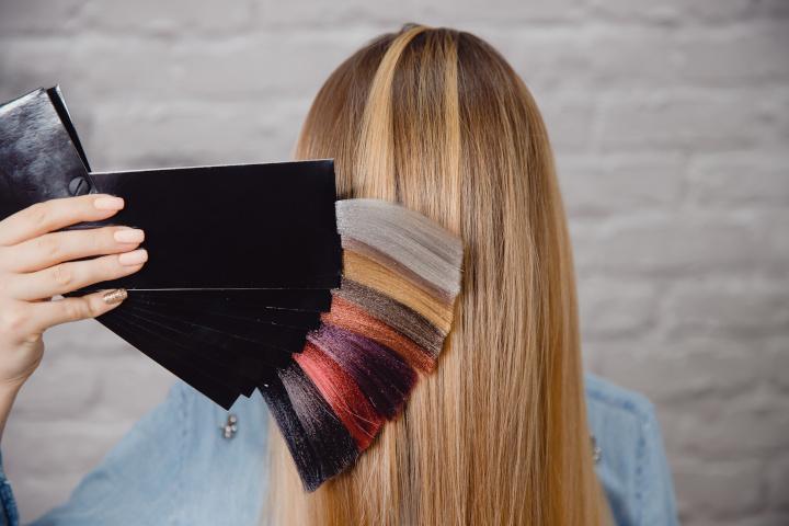 choisir couleur cheveuux