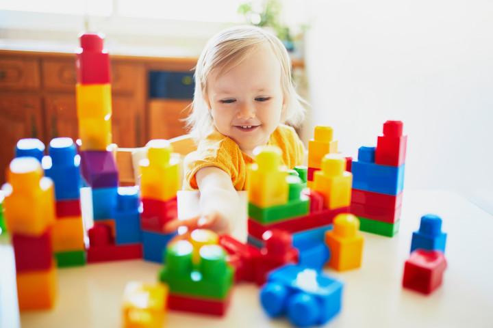 Favoriser le développement d'un enfant par le jeu